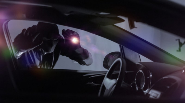 Мистериозна кражба на луксозно BMW от охраняем паркинг