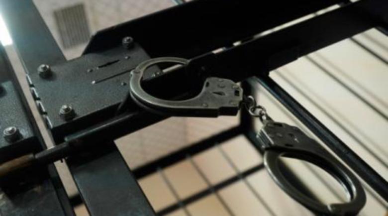 Избягалият арестант в Бургас реве в съда: Избягах без да искам…