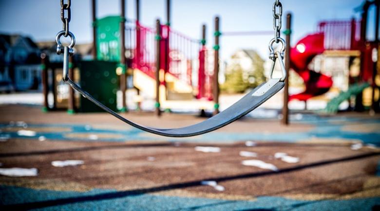 Катерушка падна върху главата на 4-годишно момиченце в детска градина