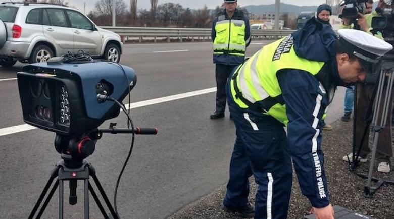 КАТ вади над 200 камери по пътищата за почивните дни