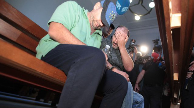 Гледат мярката на двамата задържани за жестокото двойно убийство край Негован