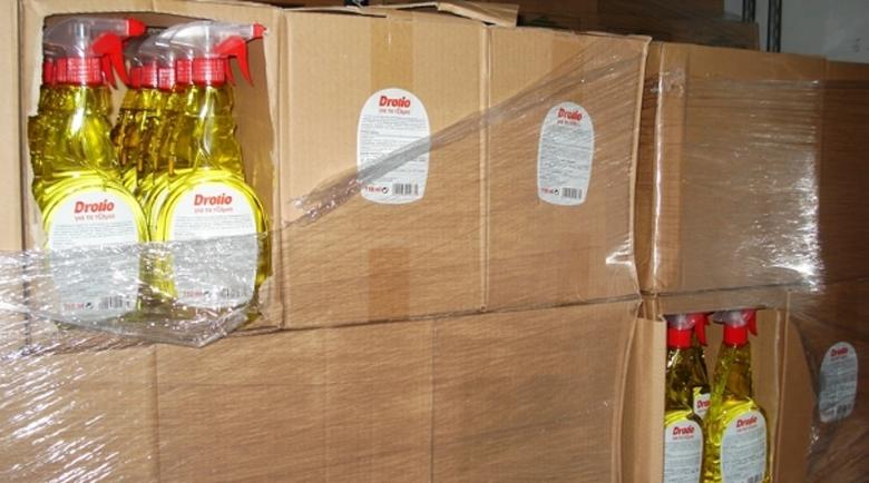 Mитничари пресякоха износ на ракия, маскирана като препарат за прозорци