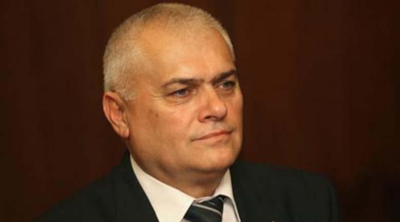 Бившият вътрешен министър Валентин Радев е получил инфаркт