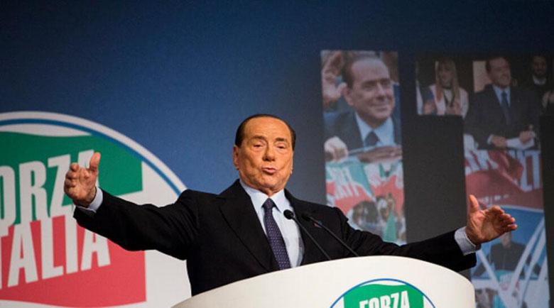 Блондинка за оргиите във вилата на Берлускони: Опипаха ме по интимните части и ме изнасилиха!