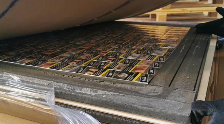 4000 кутии с цигари конфискувани, били за Великобритания
