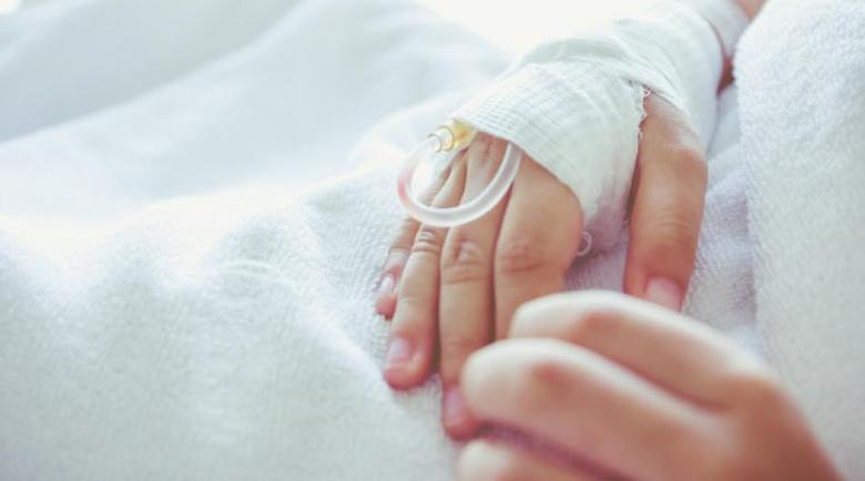 6 деца в Кардам се натровиха с наденица – едното почина, друго е с опасност за живота