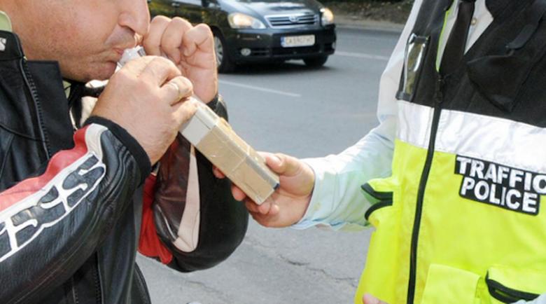 47-годишен шофьор счупи дрегера с 3,47 промила