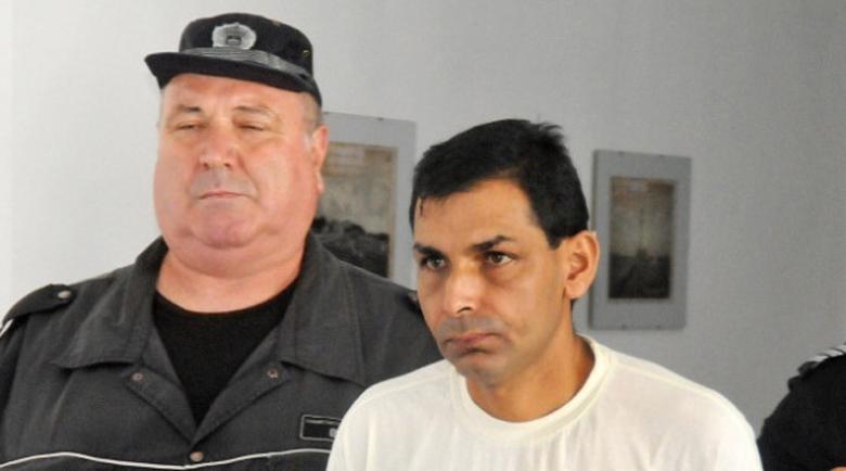10 години затвор за бащата, изнасилвал малолетната си дъщеря