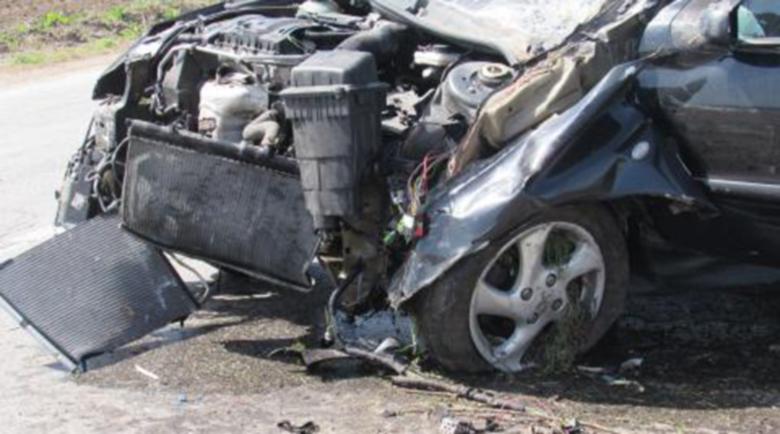 5 коли във верижна катастрофа край Казанлък