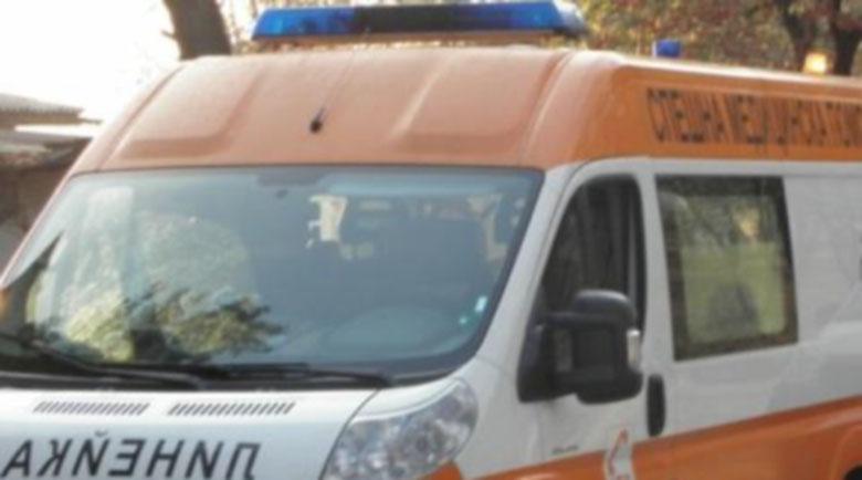 Джигит загина в Mercedes ML до Айтос, съпругата му е ранена