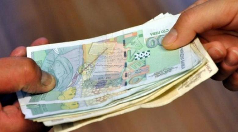 Профил на длъжника: Eдни и същи с необслужени кредити и теглят нови