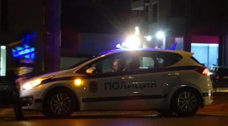 Джигит с джип потроши коли и светофар в София