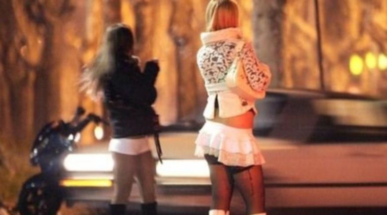 Осъдиха трима българи, предлагали травестити и проститутки в Англия