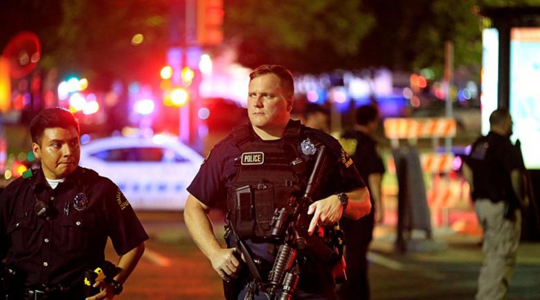 Убити и ранени при масова стрелба в Калифорния