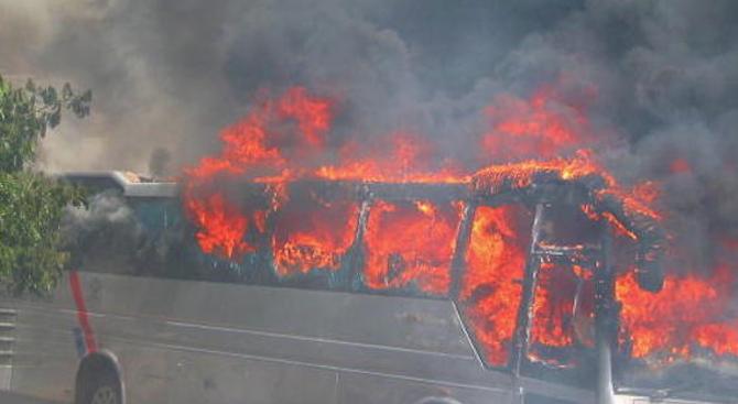 Автобус с 51 пътници се запали край бургаското село Маринка