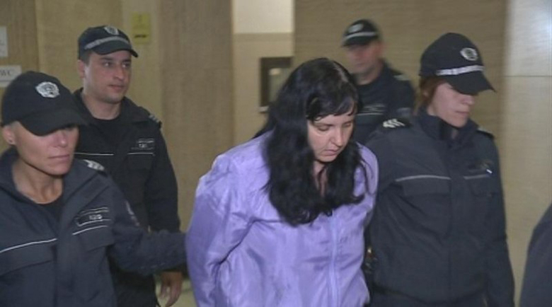 Намалиха присъдата на акушерката, била бебето Никол – ще лежи 16 години