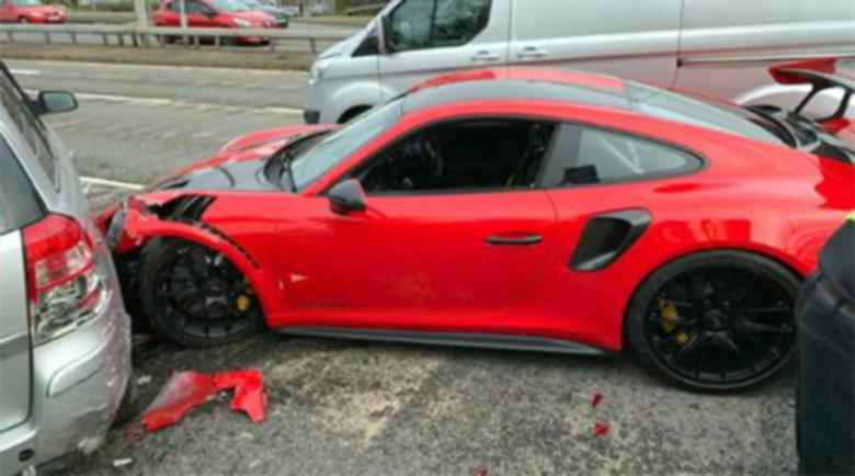 Клиент взе за тест Porsche 911 GT2 RS и направи голяма беля