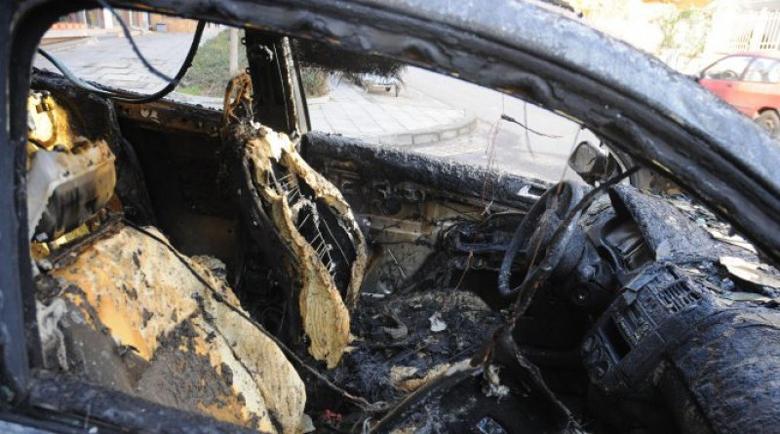 Зловещо! 20-годишна заби колата си в дърво и изгоря