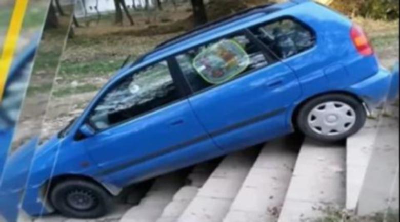 Софиянци се питат: Инцидент или така се паркира?