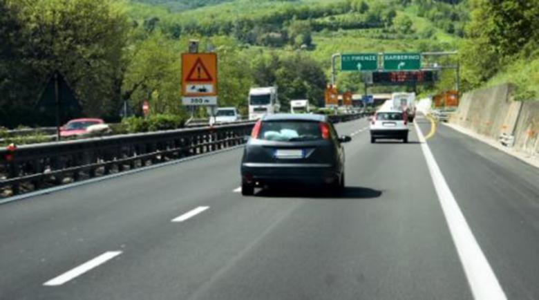 Шофьор с БГ регистрация превъртя магистрала