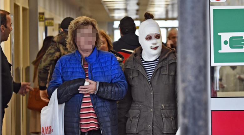 """Пожарът в """"Пирогов"""" тръгнал от незагасен фас"""