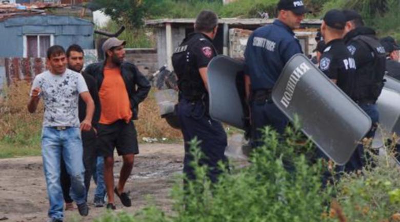 Масов цигански бой в Казанлък, жандармерията на крак