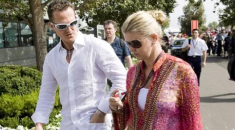 Съпругата на Шумахер даде едно от редките си интервюта