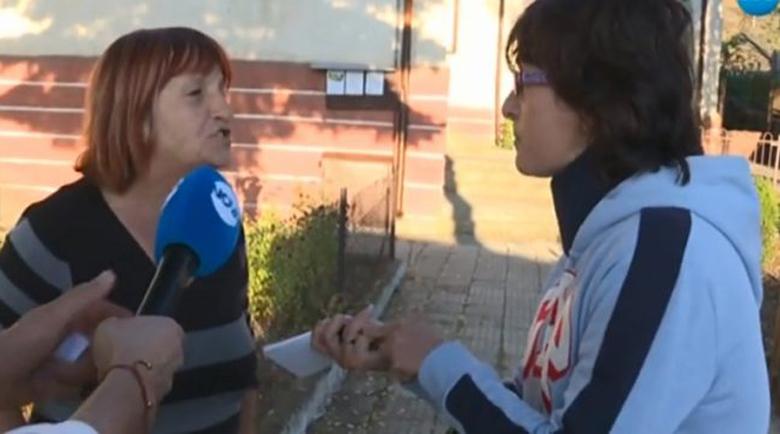 Съдебна драма в Пернишко: Свекърва изхвърли багажа на снаха си на улицата, детето й получи пристъп