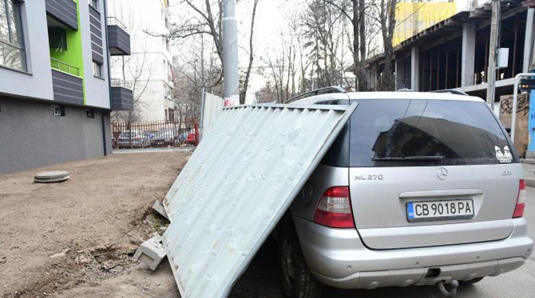 Пострадалата от падналата ограда жена: Ще си търся правата в съда!