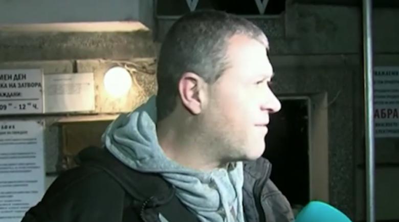 Пуснаха на свобода полицаите, осъдени за смъртта на Чората