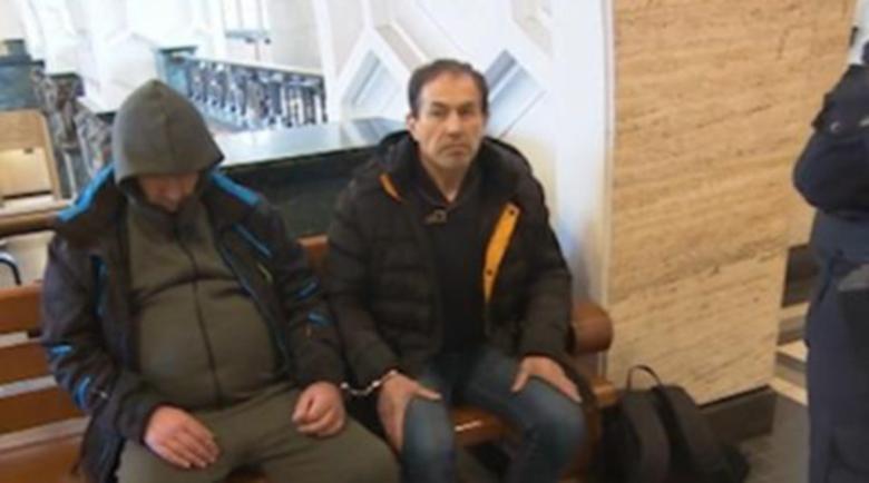 Оставиха в ареста задържания за подкуп училищен директор