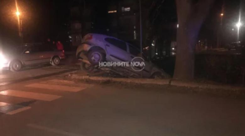 Шофьор сътвори невероятна каскада в Казанлък