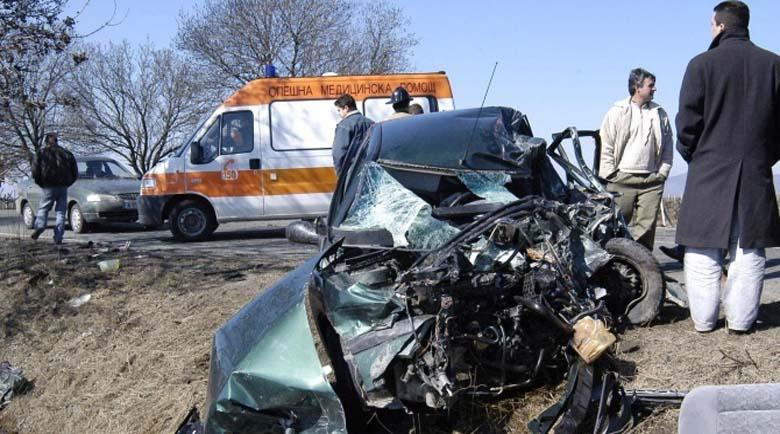 Тежка катастрофа затвори пътя Русе – Бяла