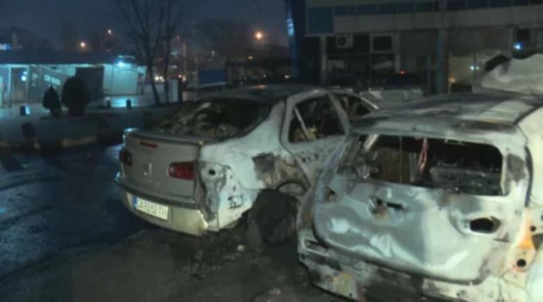 Съседи за огнения кошмар по тъмна доба в София: Като взрив от бомба!