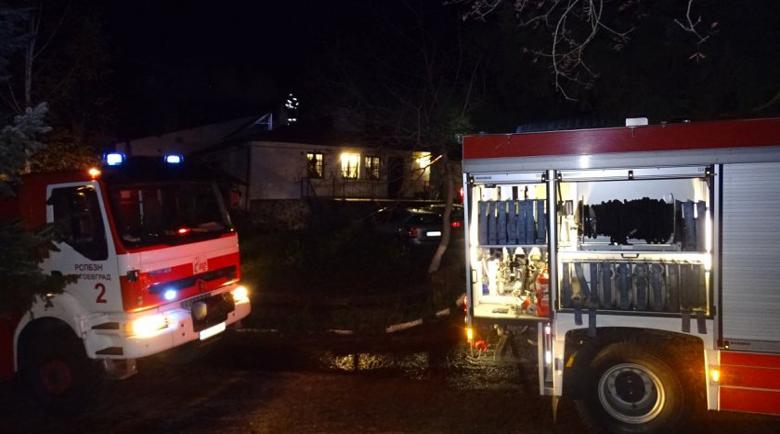 Късо съединение в двигателя подпалило автобуса от Одрин