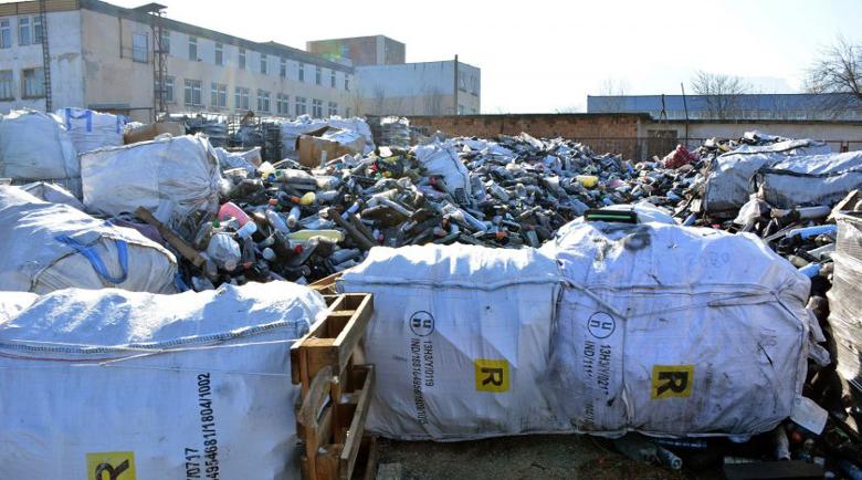 MBS News: Италианската мафия съхранява боклука си в България