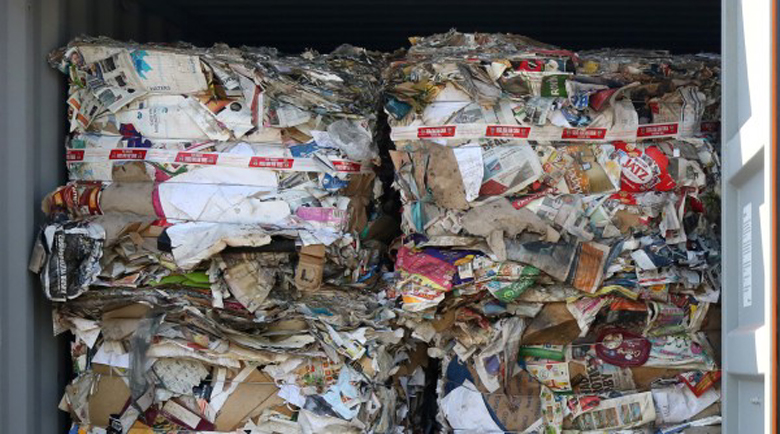 Откриха 20 контейнера италиански боклук и на пристанището в Бургас