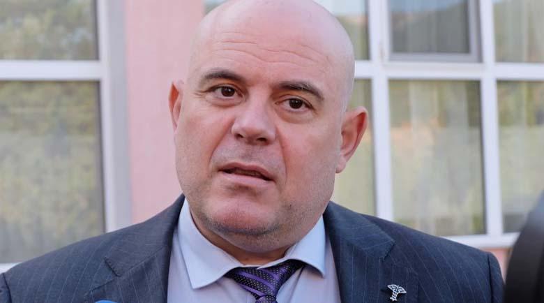 Главният прокурор: Прокопиев и Цветан Василев не спряха да ме атакуват