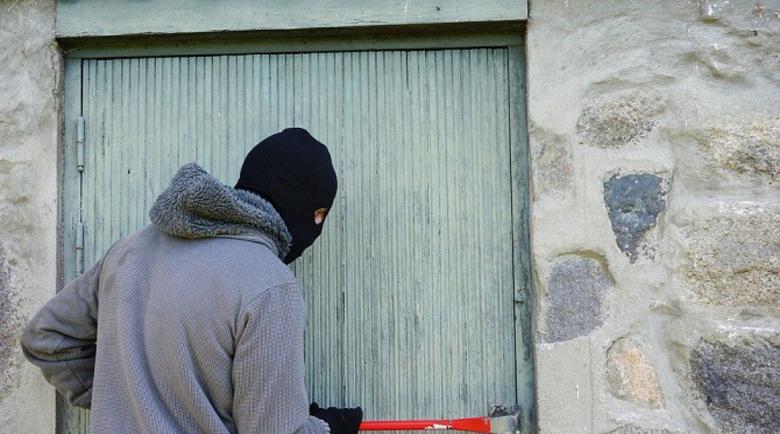 Нагла кражба в Слънчев бряг, отмъкнаха цялата покъщнина на съсед