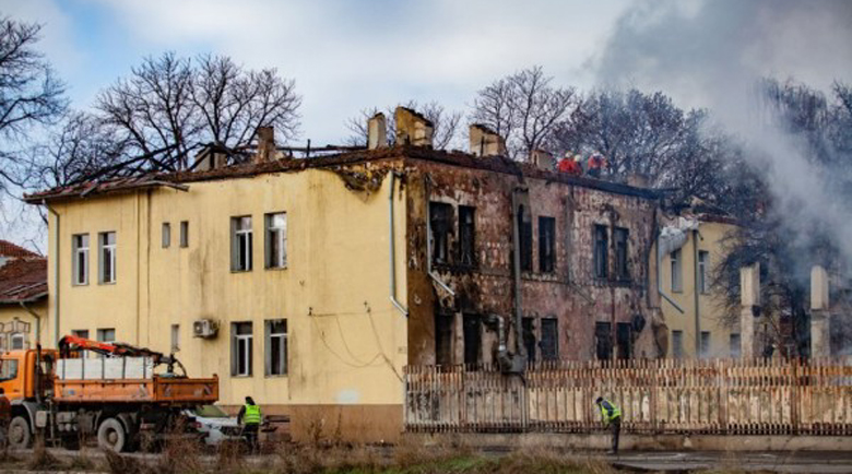 Пожарът унищожил целия архив на белодробната болница в София