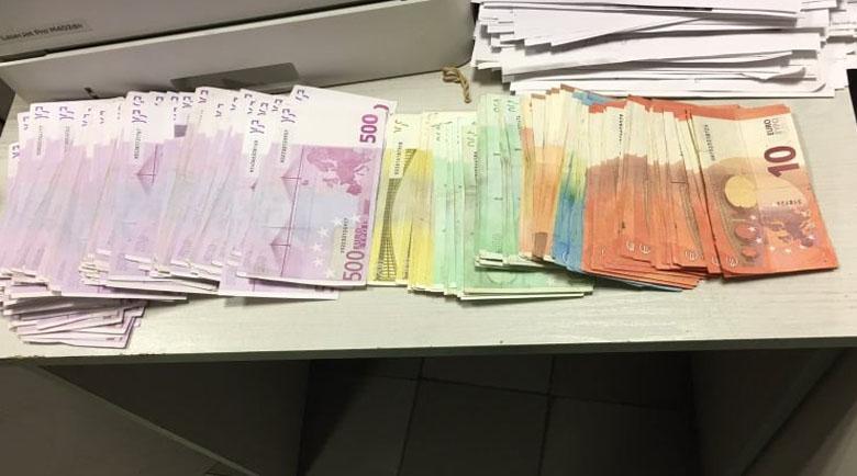 Разбиха печатница за фалшиви пари