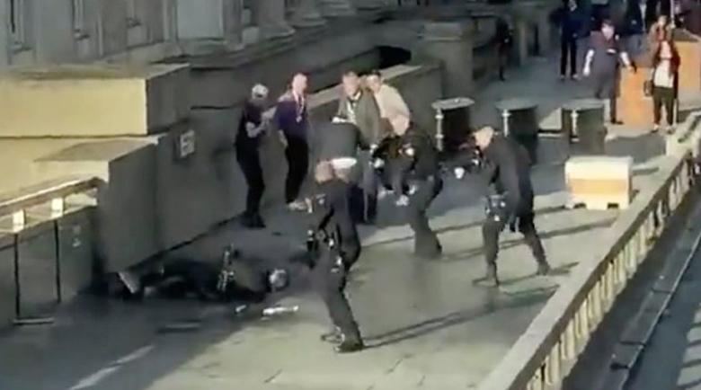 Българин, живеещ до мястото на инцидента в Лондон: Добре, че не отидох на фитнес