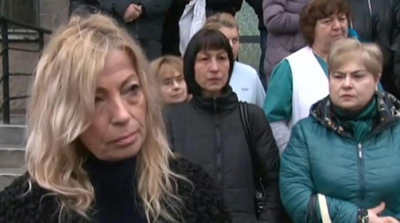 Ексшефката на болницата в Раднево остава в ареста