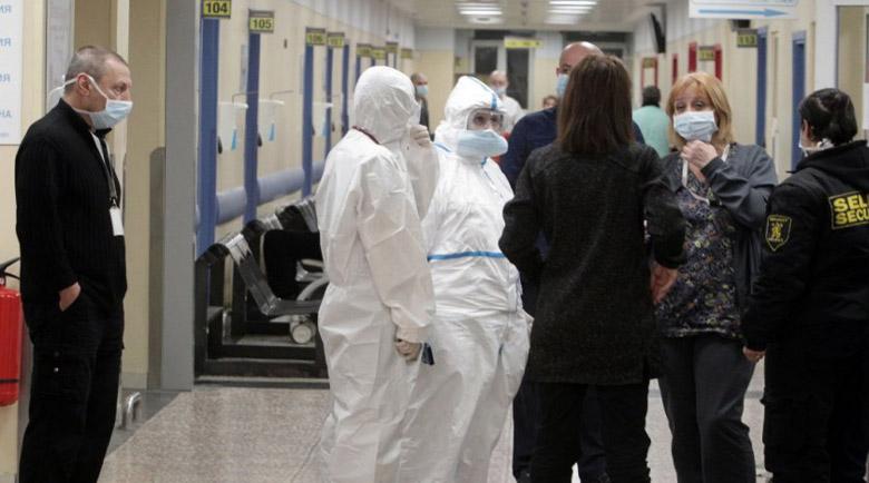 Починалата от коронавирус цяла седмица обикаляла болниците