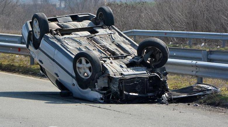 """Автомобил се обърна на автомагистрала """"Марица"""""""