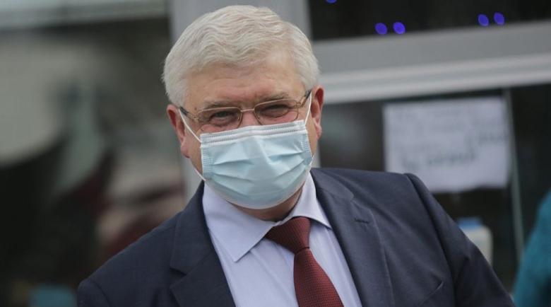 Ананиев: Задължителни маски – само за градския транспорт