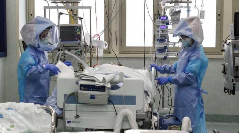 Излекуван е мъж с COVID-19 след 38 дни интубация