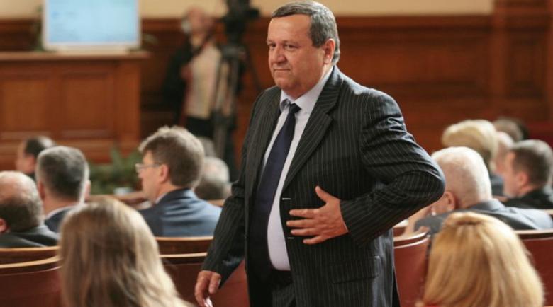 И в парламента влезе! Депутатът Хасан Адемов е с коронавирус
