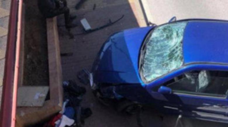 18-годишен катастрофира с крадена кола, дава я като… обезщетение
