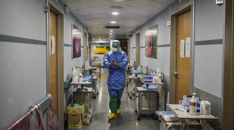 Медиците от първа линия разказват: Великден с памперси в изолатора